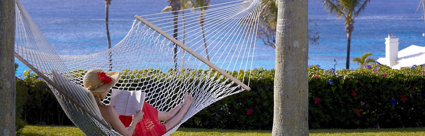 bermuda-lifestyle-lady-in-hammock