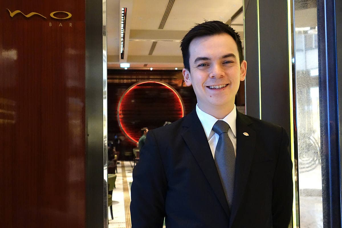 new cocktail experiences the landmark mandarin oriental nicholas leung late night bar manager of mo bar