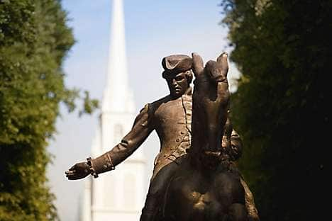 A statue of American Patriot Paul Revere