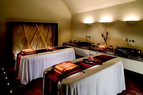 A suite for couples in The Spa at Mandarin Oriental, Prague