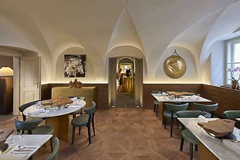Spices Restaurant & Bar at Mandarin Oriental, Prague