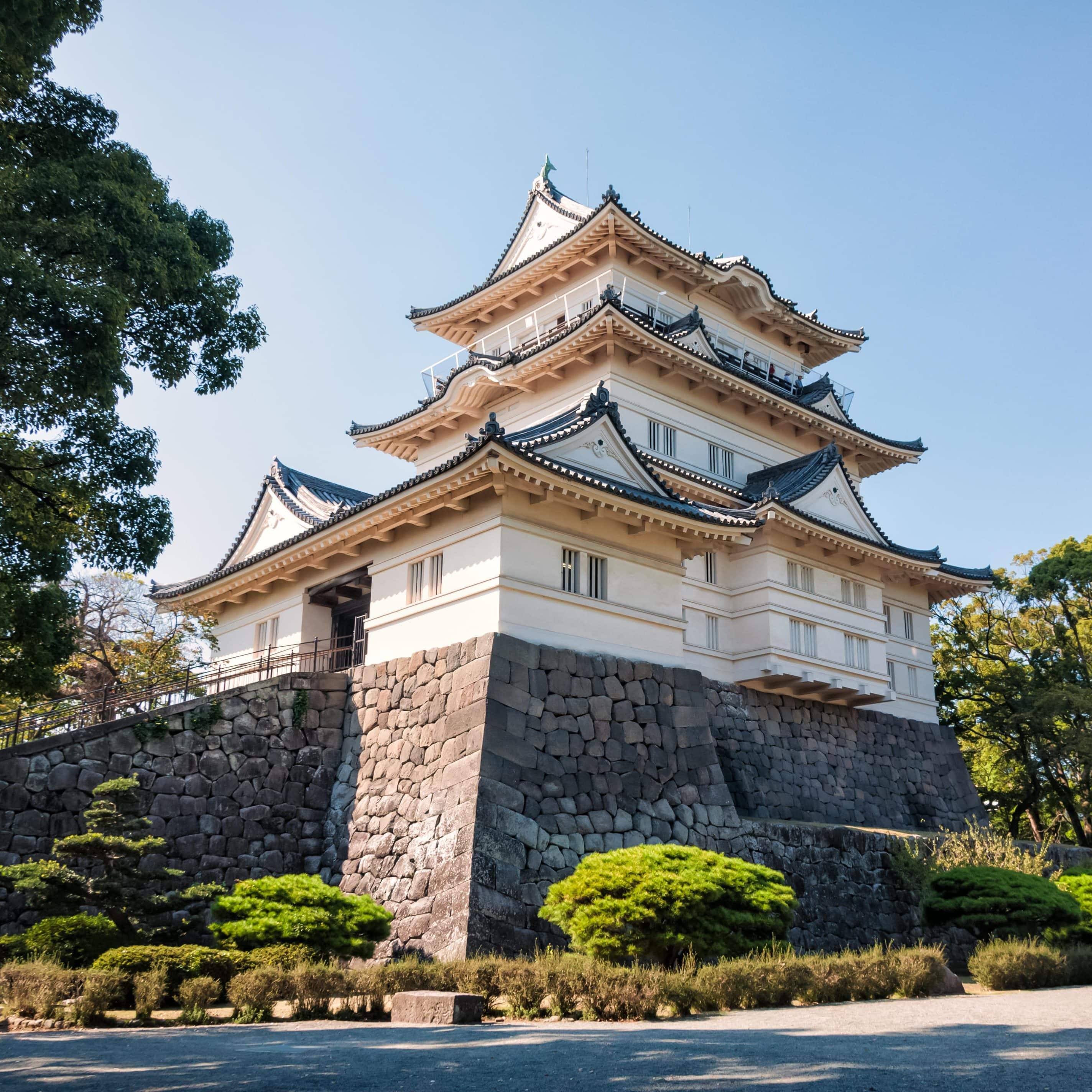 Odawara Castle, which is on the bullet train line