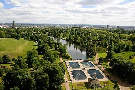The Serpentine and Italian Gardens in Kensington Gardens