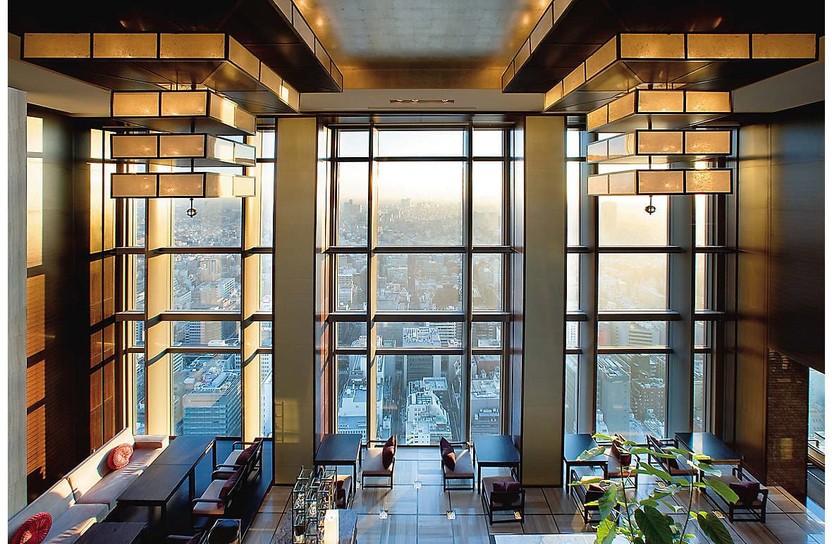 Mandarin Oriental, Tokyo's East Lobby with a view