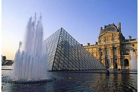 The Louvre's Pyramid