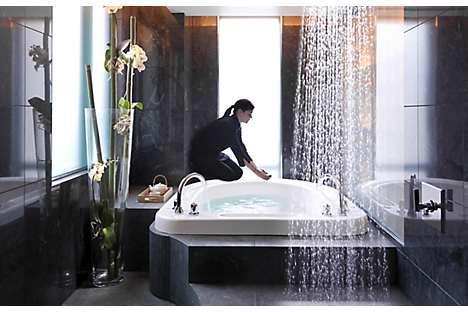 A soaking bath at The Spa at Mandarin Oriental, Boston
