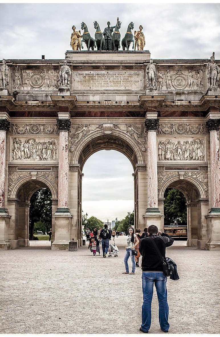 The Arc de Triomphe du Carrousel, located near the Louvre and Mandarin Oriental, Paris