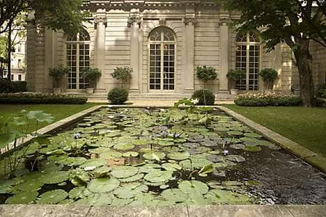 A garden at The Frick Collection