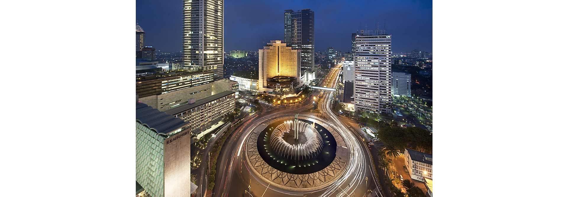 Jakarta Attractions Destination Mo By Mandarin Oriental