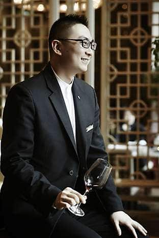 Yong Yi Ting's restaurant manager, Terry Xiong