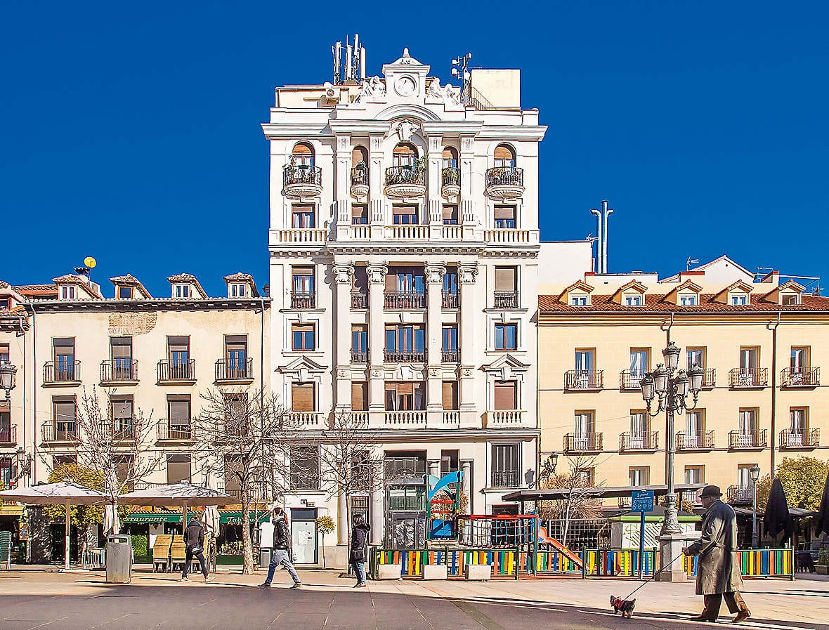 Tales of madrid mandarin oriental hotel destination mo Best hotels in central madrid