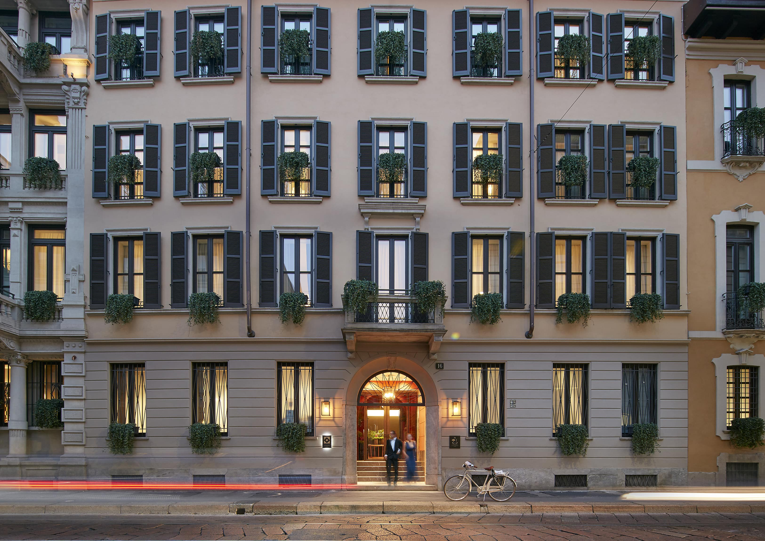 Milan hotel photo gallery mandarin oriental hotel milan for Hotel milano