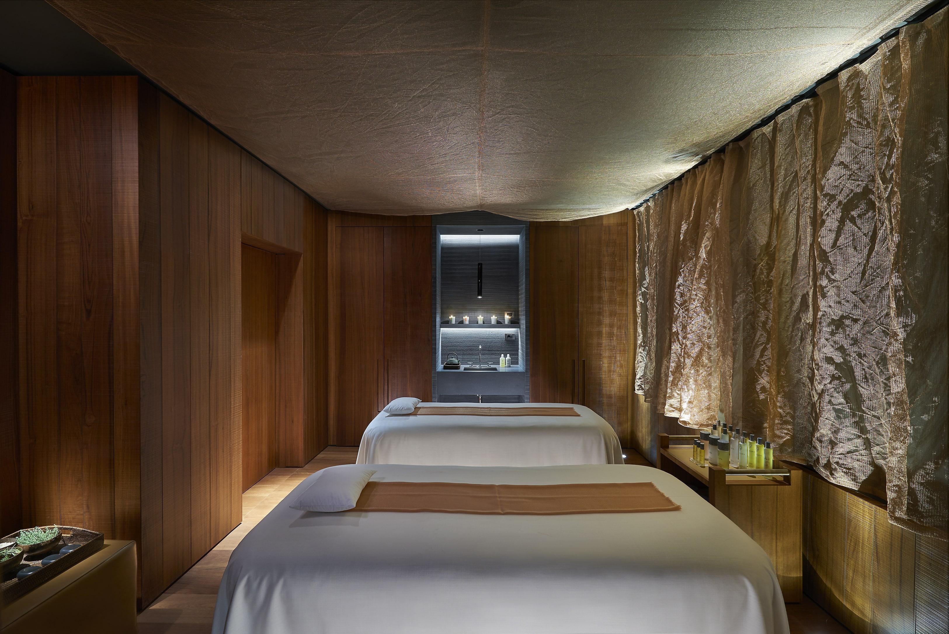 galleria foto hotel milano hotel mandarin oriental milano. Black Bedroom Furniture Sets. Home Design Ideas