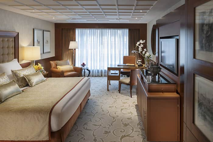 Deluxe Room Mandarin Oriental Hotel Hong Kong