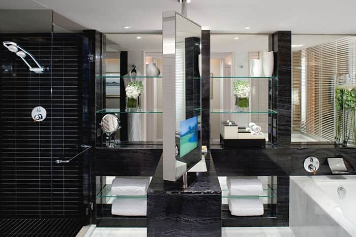 Harbour Room - Bathroom
