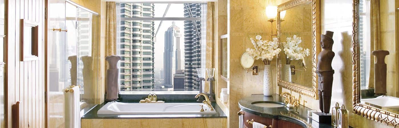 Treat yourself with one of the Mandarin Oriental, Kuala Lumpur's enticing accommodation packages. Stay in one of our suites and experience the luxury and comfort of its spa-like bathrooms.