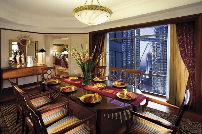 Club Suite Dining Room