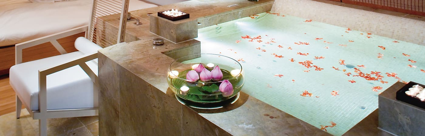 The Landmark Mandarin Oriental offers luxurious spa and accommodation packages in the heart of Central Hong Kong.