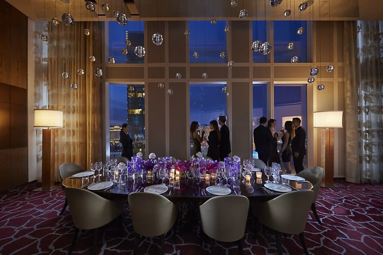 Twist by pierre gagnaire mandarin oriental las vegas - Las vegas restaurants with private dining rooms ...