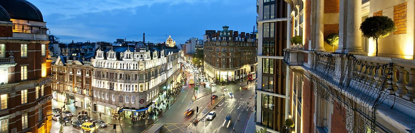 Panoramic view of London from Mandarin Oriental's 5-star hotel overlooking Knightsbridge.