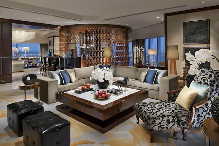 Presidential suite mandarin oriental hotel macau for Sitting room suites