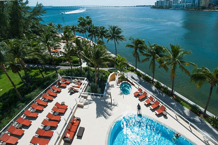 Best Hotel Pools In Miami Oasis Pool Caf 233 Mandarin