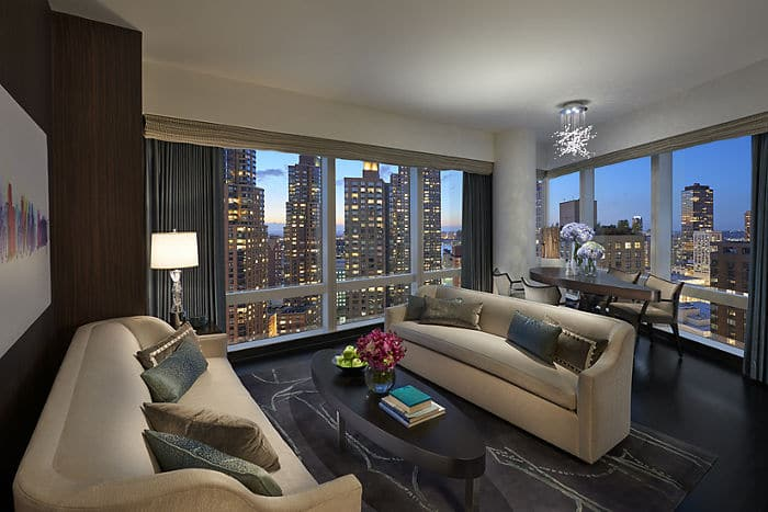 Suite hotels on the hudson river mandarin oriental new york for Asian furniture nyc