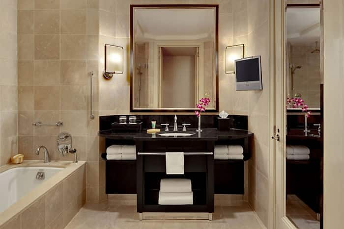 Premier Central Park View Bathroom