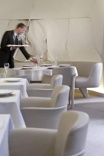 Michelin star restaurants paris sur mesure mandarin oriental paris - Restaurant thierry marx cuisine moleculaire ...