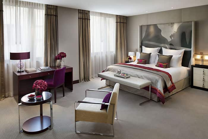 Luxury paris accommodation mandarin room mandarin for Small hotel interior design