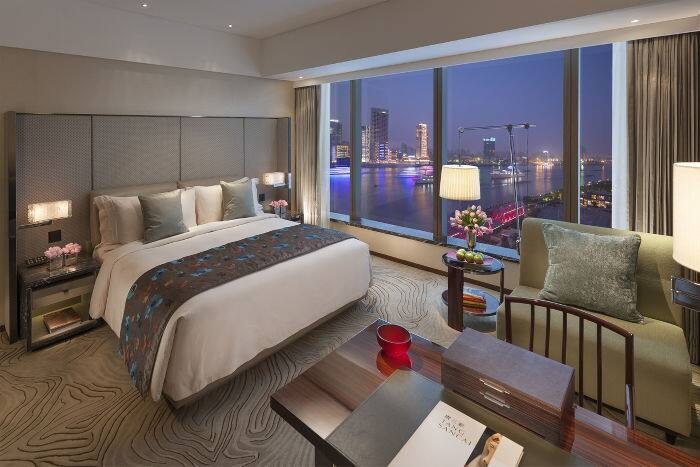 Deluxe River View Room Mandarin Oriental Hotel Shanghai