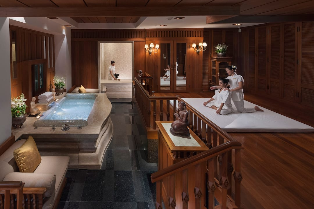 Luxurious spa suite