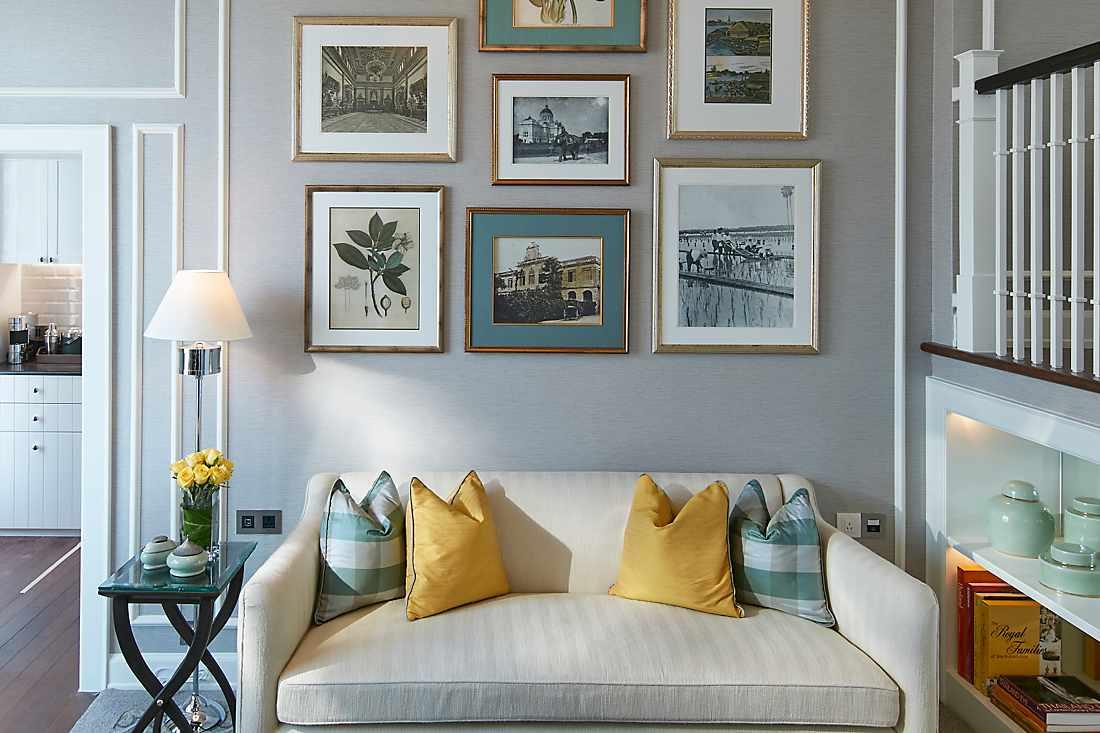chao phraya room living room