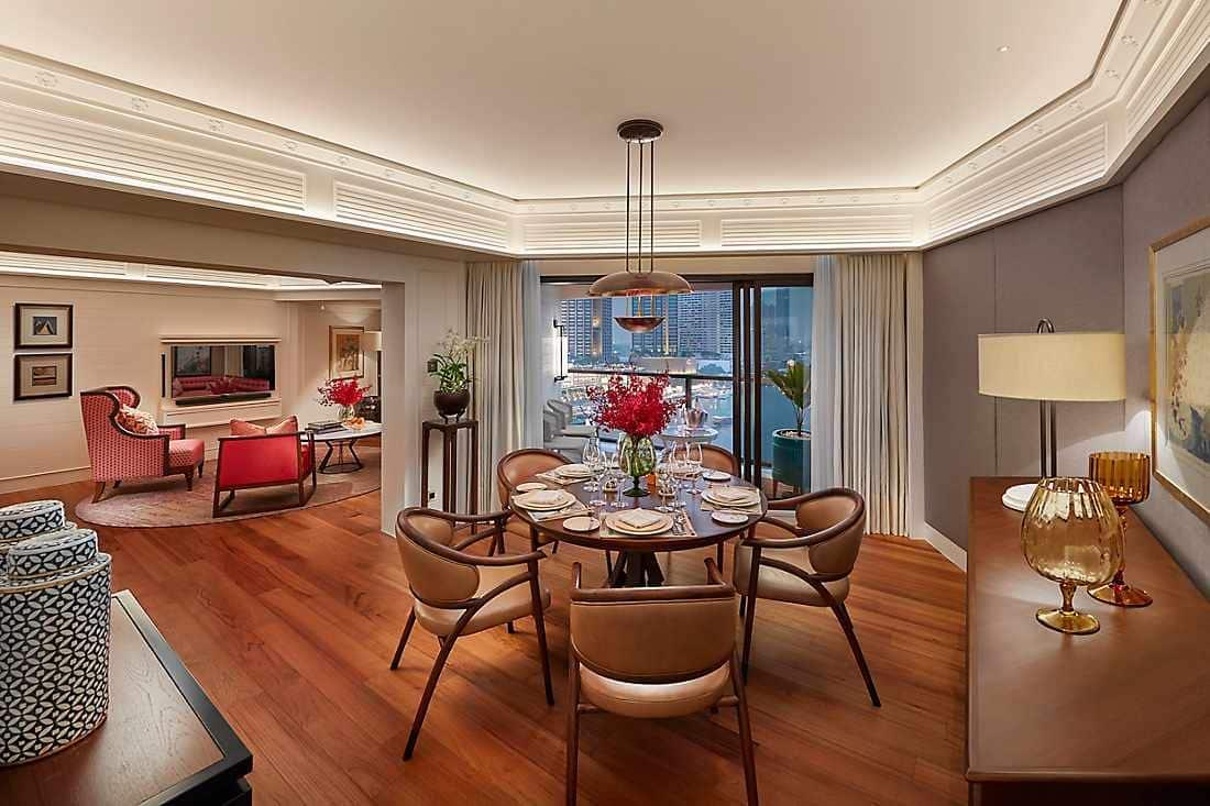 premium suite diming room