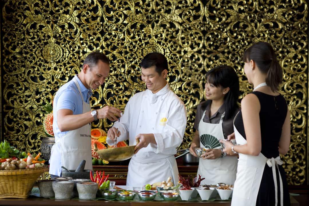 students learning cooking at mandarin oriental, bangkok