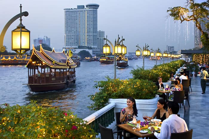 Treat yourself with one of Mandarin Oriental, Bangkok's enticing hotel offers or luxury spa packages and relax along the Chao Phraya River on Mandarin's Riverside Terrace.