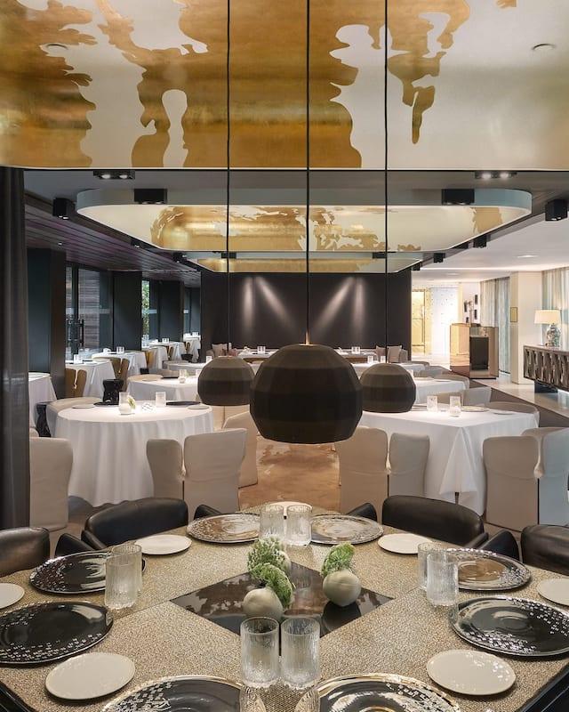 Wideshot of Moments restaurant