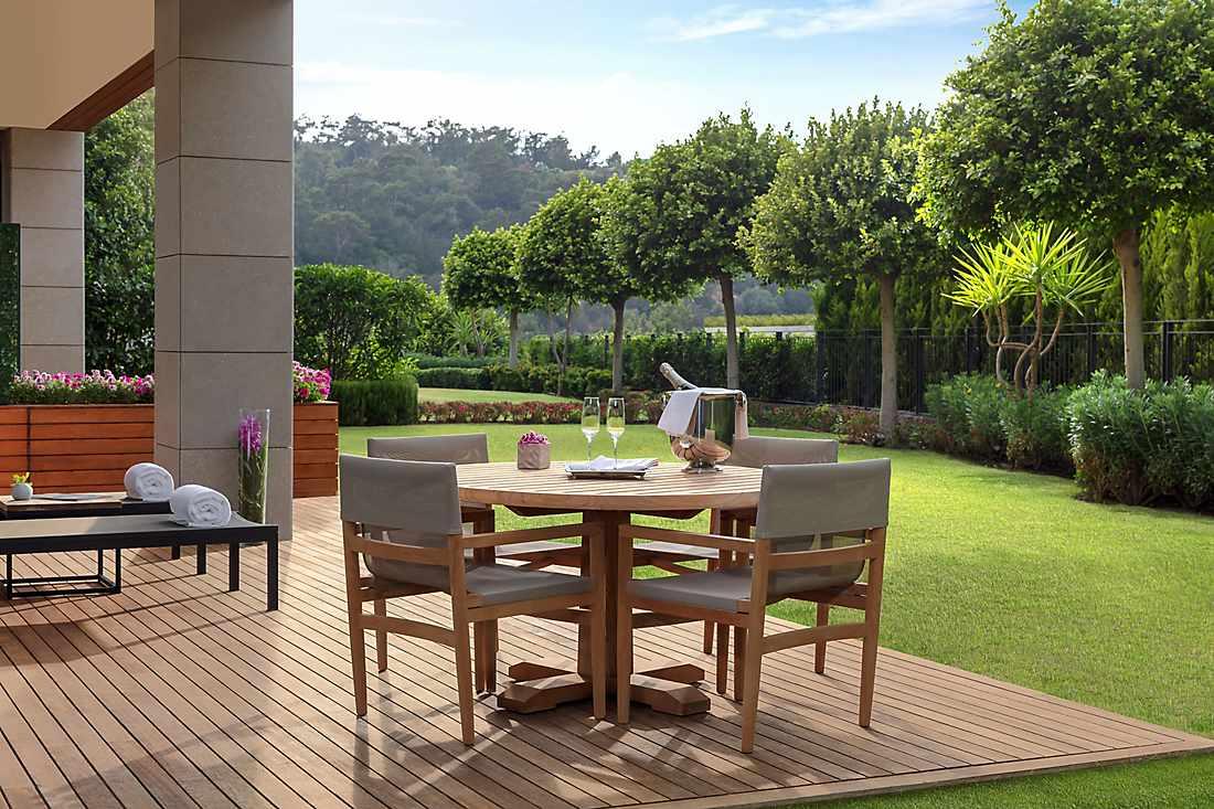 One Bedroom Garden View Apartment garden