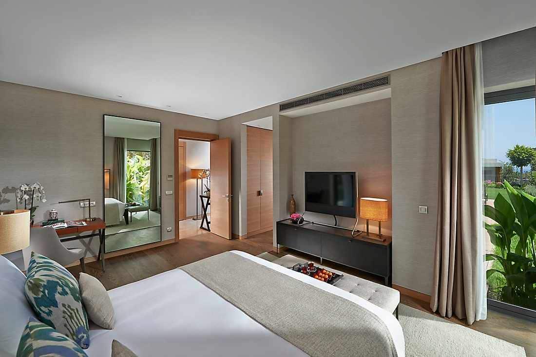 Three Bedroom Garden View Apartment bedroom
