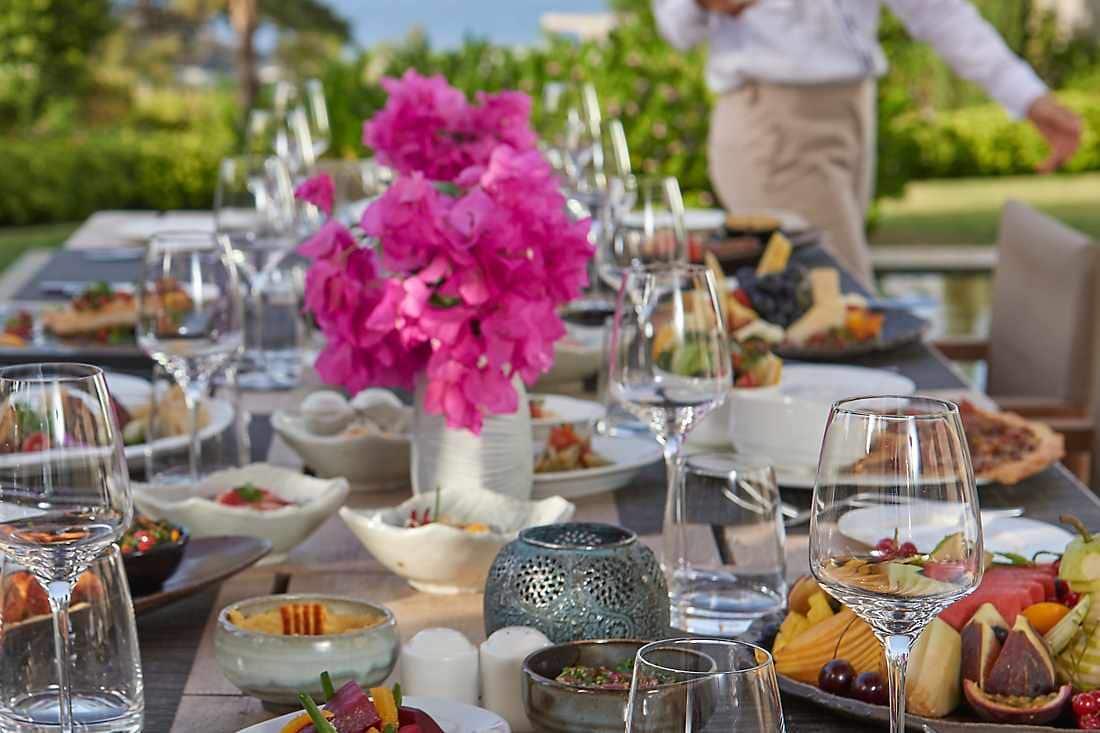 Magnolia Villa in room dining