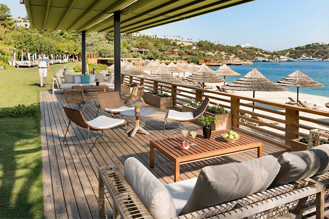 Blue beach club and bar bars à paradise bay mandarin