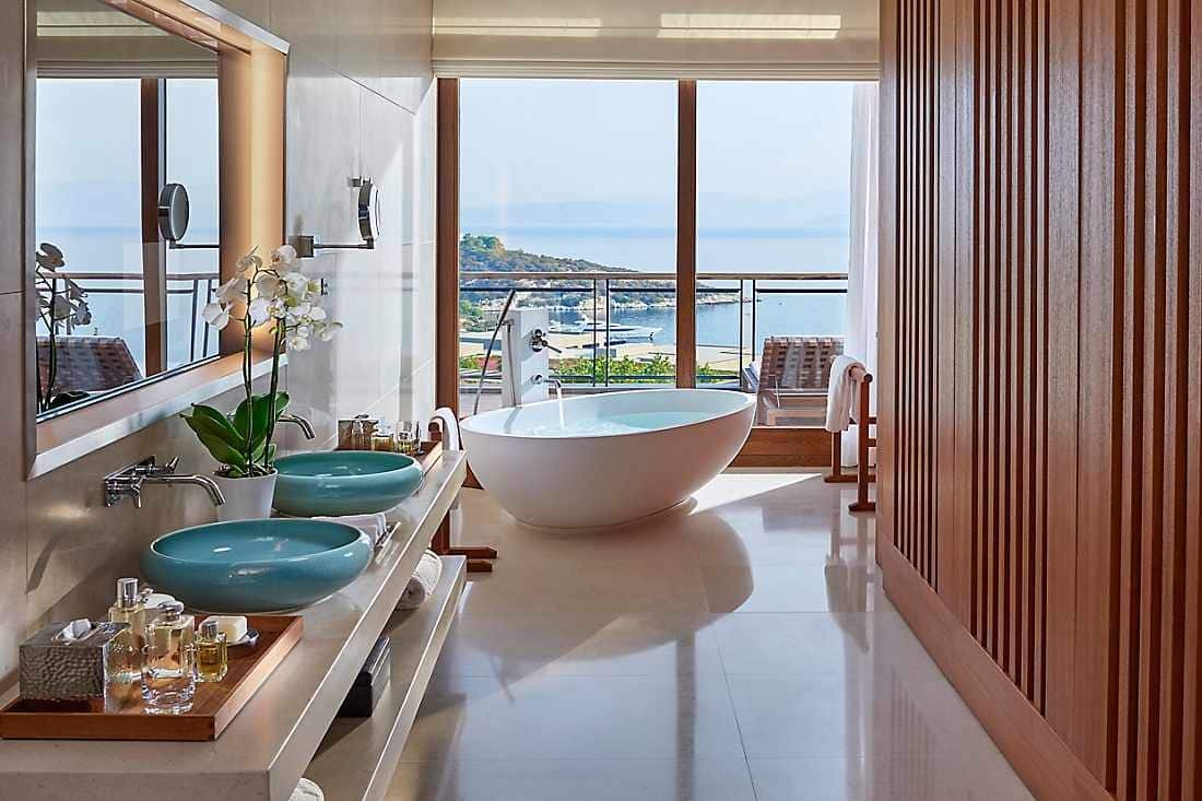 Aegean Suite bathroom