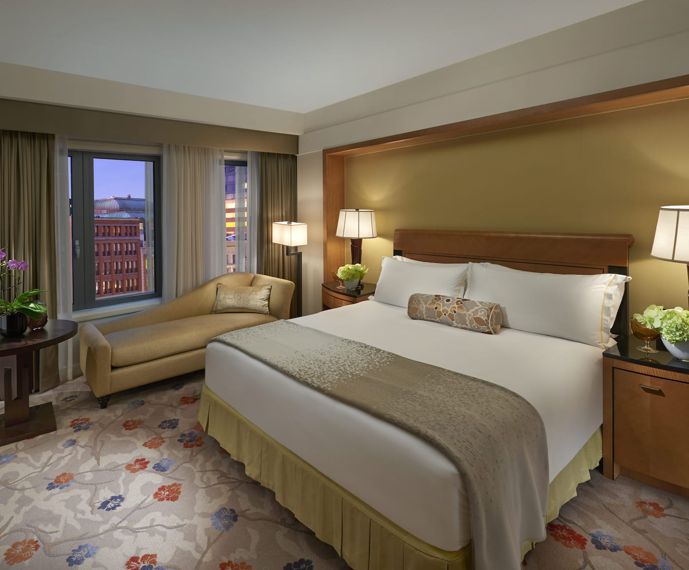 luxury hotels boston back bay mandarin oriental boston ma. Black Bedroom Furniture Sets. Home Design Ideas
