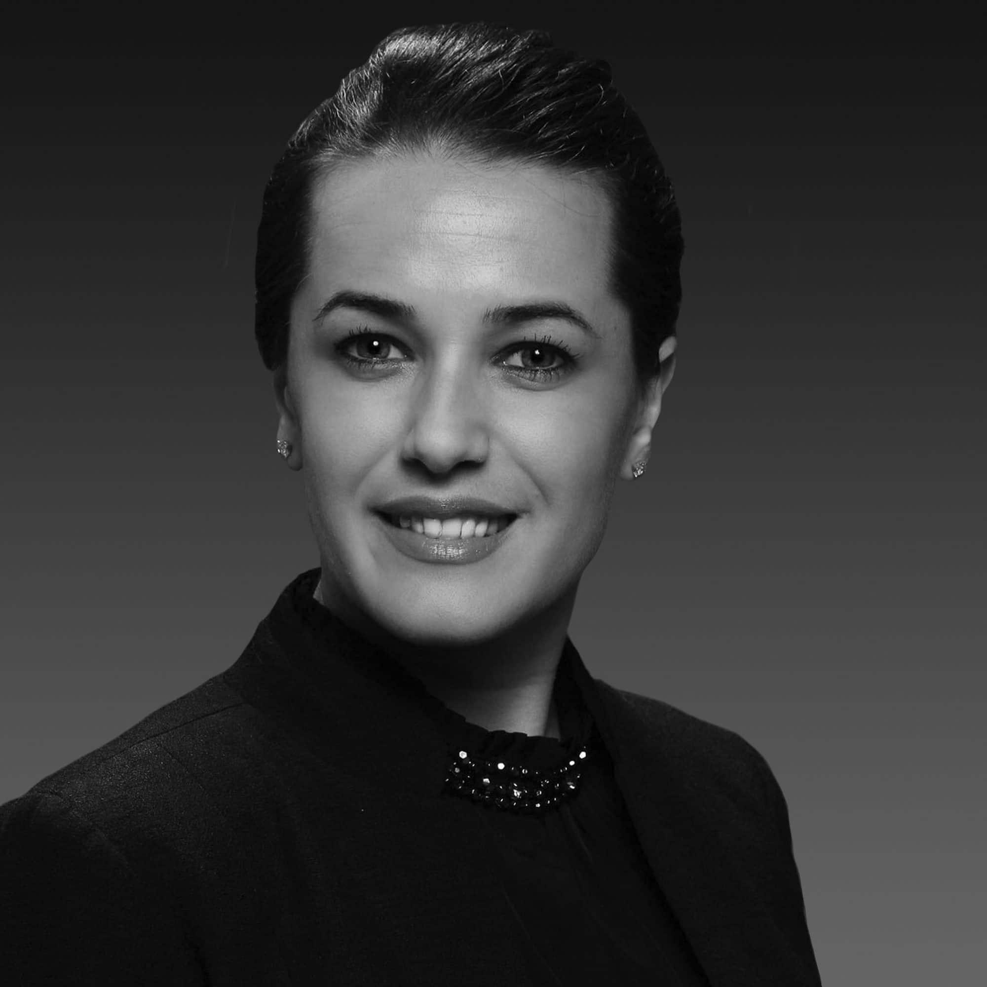 Elif Derya Bakkal