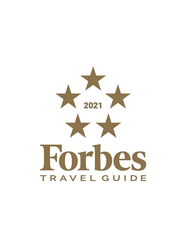 Forbes Travel Guide 2021