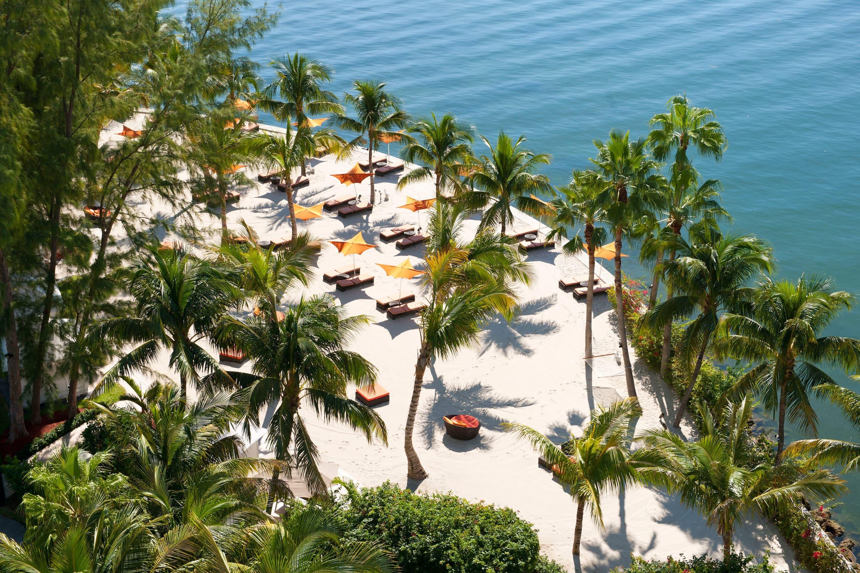 Beach at Mandarin Oriental, Miami