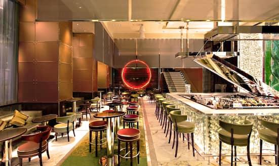 MO Bar at The Landmark, Mandarin Oriental