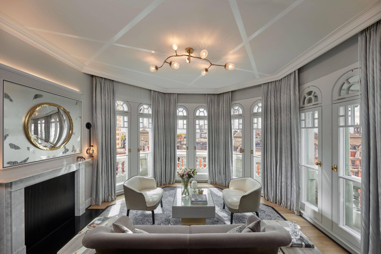 Turret suite living room at Mandarin Oriental Hyde Park, London