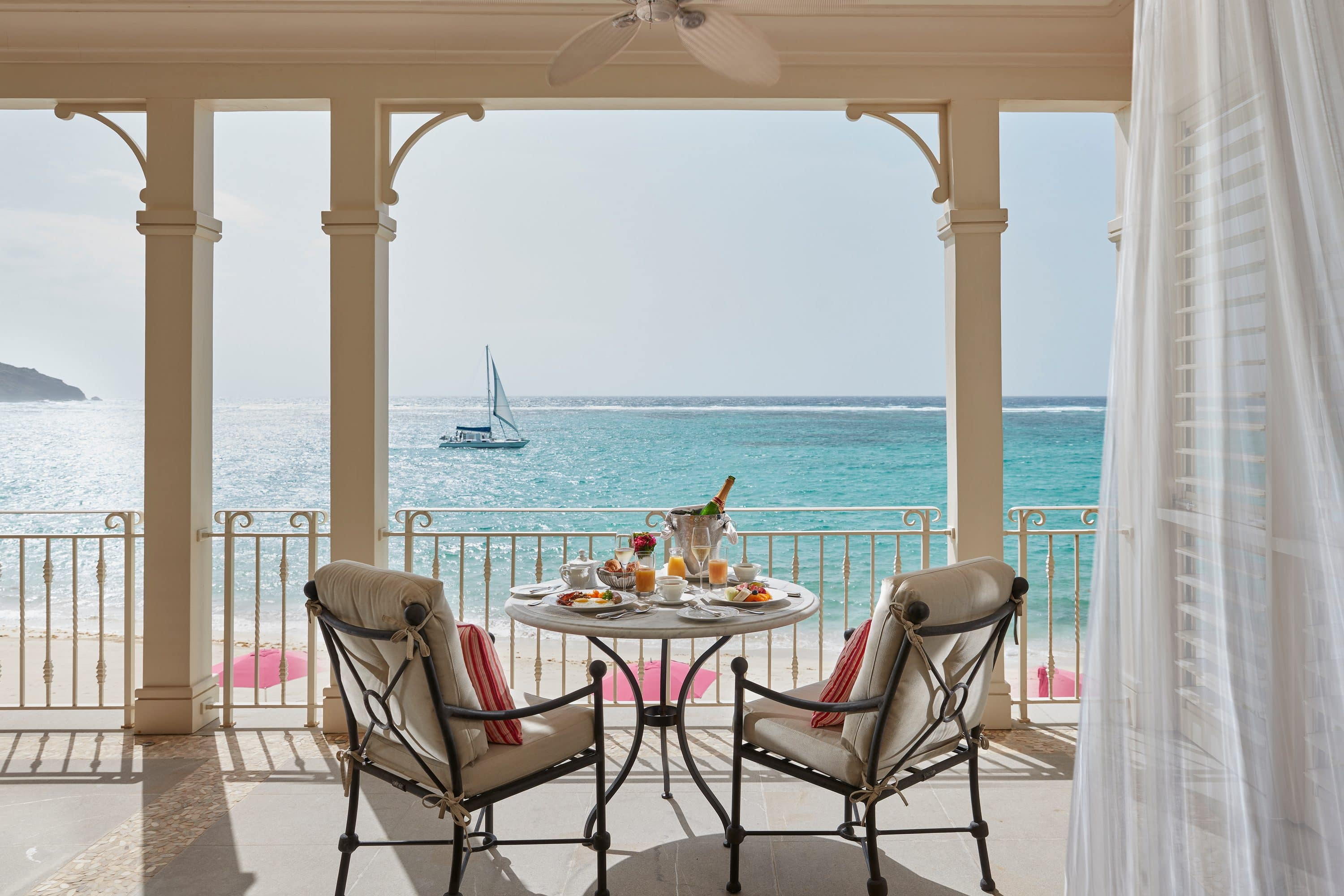 Breakfast for two with a sea view on a private terrace at Mandarin Oriental, Canouan