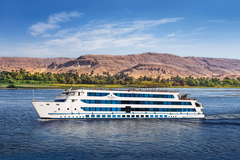 The Oberoi Zahra Luxury Nile Cruiser on the water